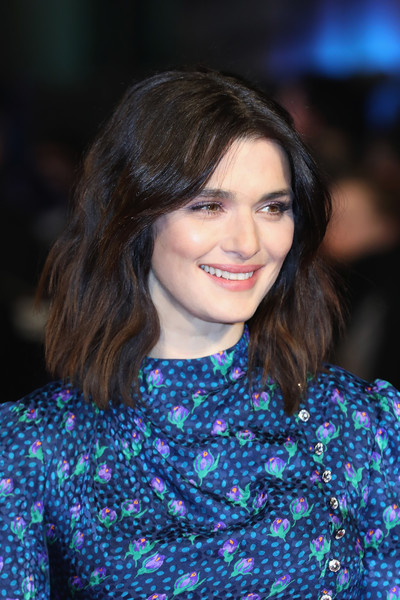 Rachel Weisz Medium Wavy Cut [hair,fashion model,beauty,hairstyle,fashion,girl,black hair,smile,long hair,electric blue,red carpet arrivals,rachel weisz,england,london,the mercy world premiere,the curzon mayfair]