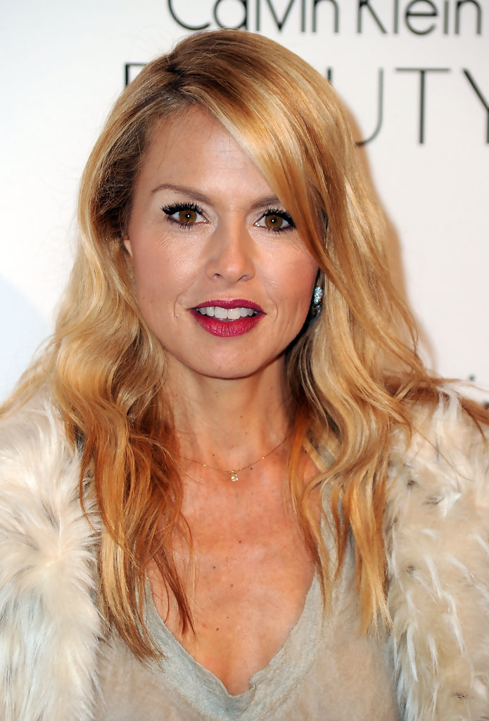 Rachel Zoe Long Wavy Cut - Rachel Zoe Looks