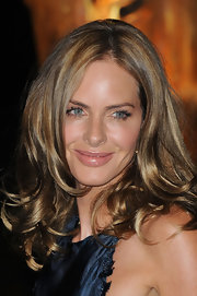 Trinny Woodall wore her hair in lovely face-framing curls at the Raisa Gorbachev Foundation party.