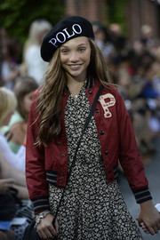 Maddie Ziegler looked so fashionable in a black beret while walking the Ralph Lauren Children's fashion show.