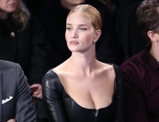 Rosie Huntington-Whiteley styled her hair into a slicked-down ponytail for the Ralph Lauren fashion show.
