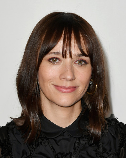 Rashida Jones Medium Wavy Cut with Bangs [hair,face,hairstyle,eyebrow,bangs,chin,layered hair,forehead,head,lip,tribeca talks - storytellers - rashida jones,tribeca talks - storytellers,new york city,bmcc tribeca pac,tribeca film festival]