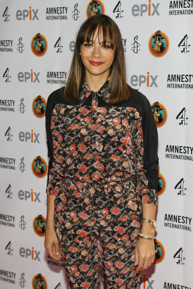 Rashida Jones Clothes