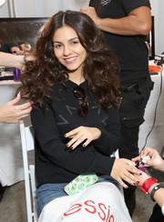 Victoria Justice stayed comfy in a black sweatshirt while having her nails done for the Rebecca Minkoff 'See Now, Buy Now' fashion show.