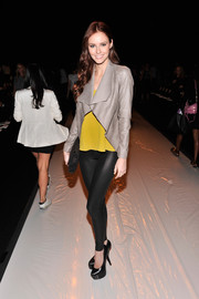 Alyssa Campanella showed off her slim legs in a pair of shiny black leggings at the Rebecca Minkoff fashion show.