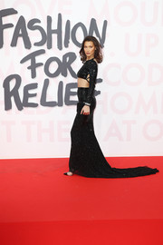 Bella Hadid finished off her top with a matching fishtail skirt.