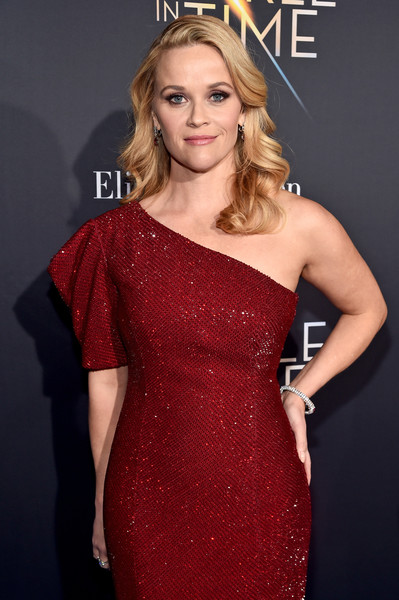 Reese Witherspoon Diamond Bracelet [a wrinkle in time,fashion model,beauty,human hair color,shoulder,flooring,joint,cocktail dress,hairstyle,dress,fashion,reese witherspoon,hollywood ca,el capitan theatre,disney,world premiere,world premiere]