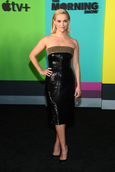 Reese Witherspoon Strapless Dress [the morning show,dress,clothing,cocktail dress,strapless dress,shoulder,little black dress,fashion model,carpet,premiere,hairstyle,tv,reese witherspoon,new york city,david geffen hall,apple,world premiere]