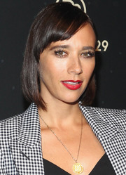 Rashida Jones attended the 29Rooms event wearing a neat bob with side-swept bangs.