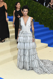 Ruby Rose looked captivating in an embroidered Burberry gown with a tiered, scalloped skirt at the 2017 Met Gala.