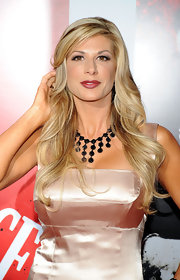 Alexis Bellino arrived, with flaxen tresses flowing, at the release of 'Scarface' on Blu-ray. Her deep side part and long, sexy waves ensured cameras kept flashing.
