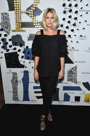 Alexandra Richards stayed on trend in a loose black cold-shoulder blouse when she attended the Renaissance New York Midtown Hotel launch.