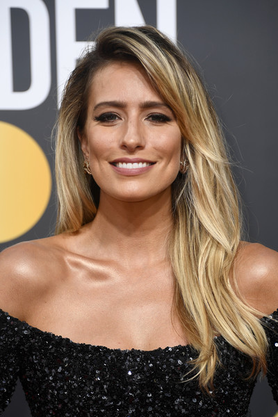 Renee Bargh Long Side Part [hair,blond,hairstyle,eyebrow,beauty,long hair,shoulder,brown hair,layered hair,chin,arrivals,renee bargh,beverly hills,california,the beverly hilton hotel,golden globe awards,annual golden globe awards]