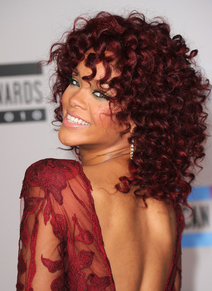 Rihanna Hairstyles Long Curly