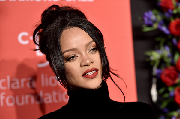 Rihanna styled her hair into a messy-glam updo for the 2019 Diamond Ball.