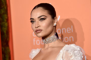 Shanina Shaik showed off a stunning diamond choker.