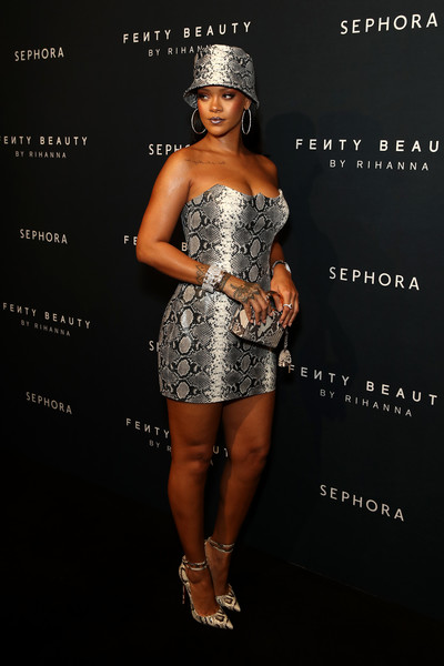 Rihanna Snakeskin Purse [clothing,fashion model,dress,cocktail dress,fashion,shoulder,strapless dress,silver,muscle,model,rihanna anniversary,arrivals,fenty beauty,sydney,australia,event,rihanna anniversary event]