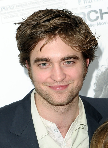 Robert Pattinson Short Wavy Cut