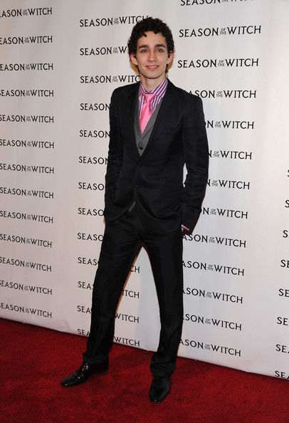 Robert Sheehan Men's Suit [season of the witch,suit,formal wear,tuxedo,pantsuit,carpet,red carpet,premiere,event,white-collar worker,tie,robert sheehan,new york city,amc lincoln square theater,relativity media,red carpet,premiere]