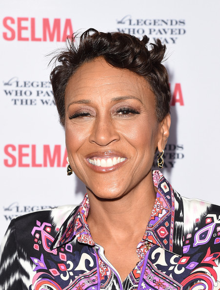 Robin Roberts Messy Cut [legends who paved the way gala - special screening of paramount pictures,hair,hairstyle,eyebrow,forehead,chin,black hair,smile,arrivals,robin roberts,selma,selma,bacara resort,goleta,california,legends who paved the way,gala]