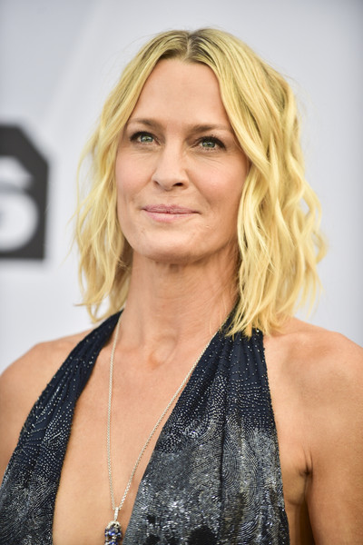 Robin Wright Medium Wavy Cut [hair,face,blond,hairstyle,eyebrow,chin,beauty,long hair,layered hair,surfer hair,arrivals,robin wright,screen actors guild awards,california,los angeles,the shrine auditorium,screen actors\u00e2 guild awards]