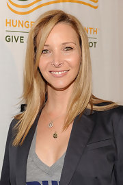 Lisa Kudrow sported a shiny straight hairstyle at the Rock a Little, Feed a Lot benefit concert.
