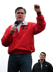 Mitt Romney looked cozy and colorful in his red zip-up jacket while campaigning in Ohio.