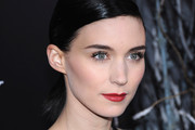 Look of the Day: Rooney Mara's Gothic Elegance