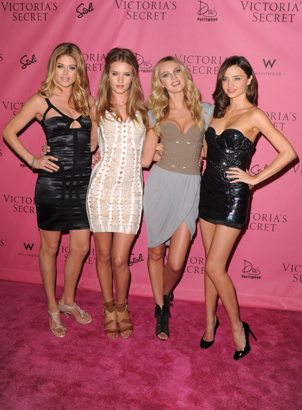 "5th Annual ""What Is Sexy?"" List: Bombshell Edition Pink Carpet Event"