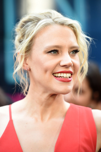 More Pics of Kate McKinnon Evening Dress (5 of 10) - Dresses & Skirts Lookbook - StyleBistro [hair,face,blond,lip,hairstyle,eyebrow,facial expression,skin,beauty,chin,kate mckinnon,premeire,new york,lincoln square,amc loews,rough night,premiere]