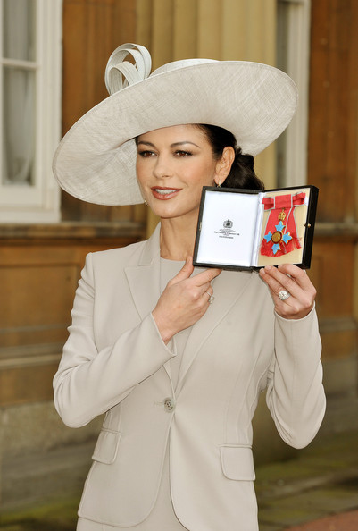 More Pics of Catherine Zeta-Jones Decorative Hat (1 of 9) - Catherine Zeta-Jones Lookbook - StyleBistro