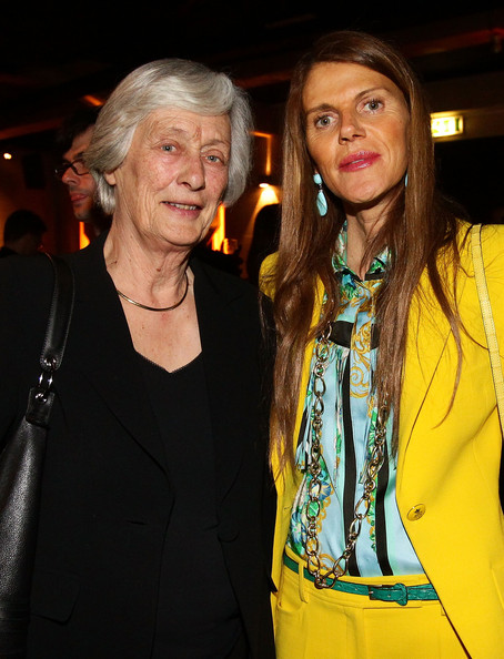 Anna dello Russo glammed up her masculine-chic outfit with a gold chain necklace during the Royal Oak 40 Years gala dinner.