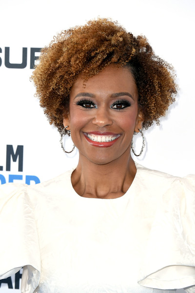 Ryan Michelle Bathe Short Curls [hair,hairstyle,face,eyebrow,beauty,chin,blond,afro,brown,forehead,arrivals,ryan michelle bathe,film independent spirit awards,santa monica,california]