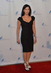 Sarah Silverman finished off her look in modern style with a pair of black-and-white platform sandals.