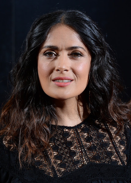 Salma Hayek Medium Wavy Cut [beatriz at dinner,hair,face,eyebrow,hairstyle,beauty,chin,black hair,lip,cheek,long hair,arrivals,miguel arteta,salma hayek,screening,england,london,mayfiar hotel,sundance film festival]