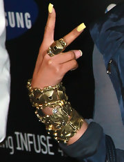 Nicki wore a Concentric square ring with black diamond crystals in matte gold to the Samsung Infuse 4G launch event.