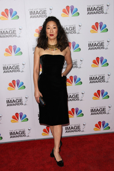 Sandra Oh Little Black Dress