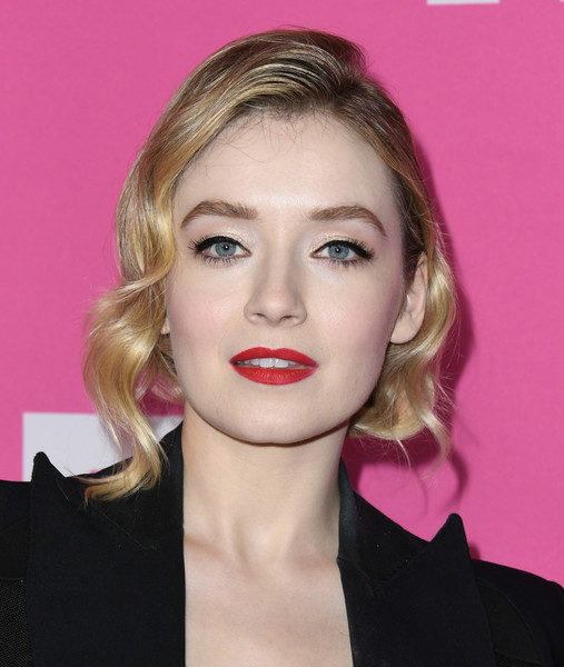 Sarah Bolger Short Wavy Cut [hair,face,lip,hairstyle,blond,eyebrow,chin,beauty,pink,cheek,red carpet,sarah bolger,fx networks,beverly hills,california,the beverly hilton hotel,starwalk,tca - arrivals]