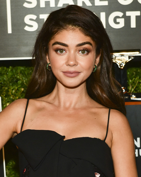 Sarah Hyland Long Side Part