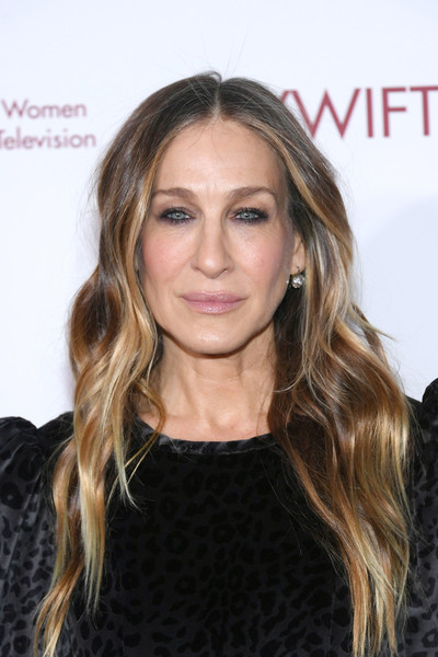 Sarah Jessica Parker Long Wavy Cut [muse awards,hair,beauty,blond,human hair color,eyebrow,hairstyle,long hair,fashion model,forehead,hair coloring,new york city,the new york hilton midtown,sarah jessica parker]