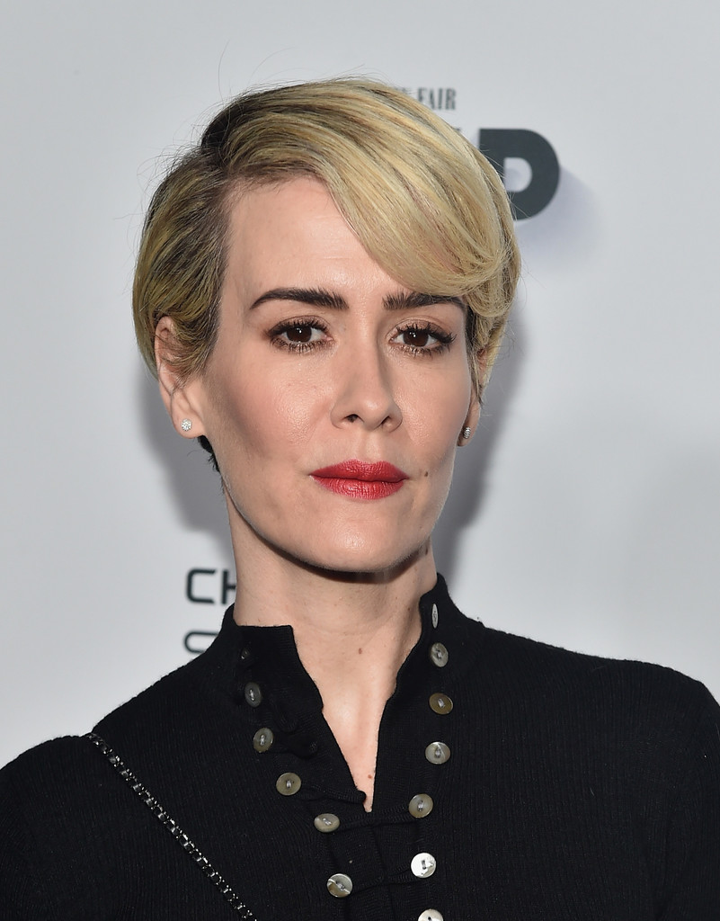 Sarah Paulson Short Cut With Bangs Short Cut With Bangs