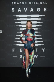 Toni Garrn looked cool in a colorful print dress by Mugler at the Savage X Fenty show.