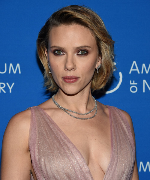 Scarlett Johansson Layered Diamond Necklace [the american museum of natural history 2018 gala,hair,face,hairstyle,eyebrow,blond,chin,shoulder,beauty,lip,brown hair,scarlett johansson,new york city,american museum of natural history,gala]