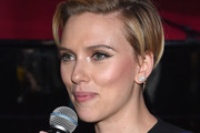 Scarlett Johansson Side Parted Straight Cut