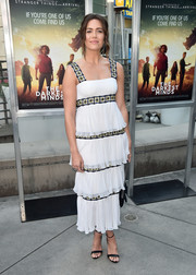 Mandy Moore styled her lovely dress with simple black ankle-strap sandals.