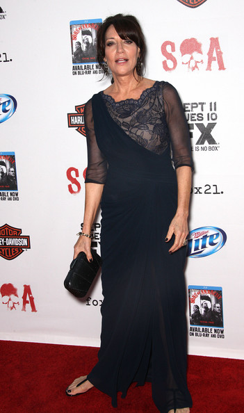 Katey Sagal complemented her evening dress with a black snakeskin hard-case clutch during the screening of 'Sons of Anarchy.'
