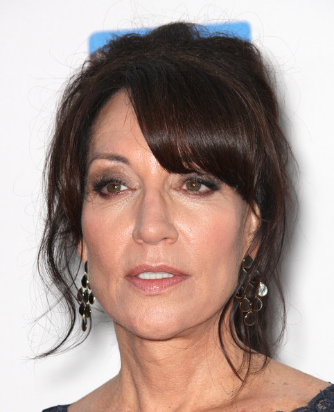 Katey Sagal was all glammed up with chandelier earrings and a dramatic 'do at the 'Sons of Anarchy' Season 5 screening.