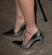 Kate rocked a pair of metallic silver pumps at the 'Black Rock' screening in Hollywood.