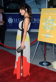 Lindsay Sloane accessorized her color-blocked gown with a black studded clutch.