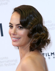 Berenice Bejo looked sweet and elegant wearing this short wavy 'do at the TIFF premiere of 'The Search.'
